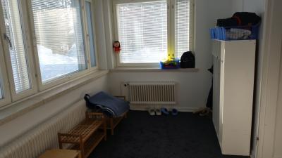 huoneisto nro 3, lasieteinen, oma sisäänkäynti