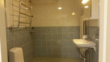 asunton ro 7, suihku-wc