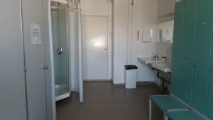 3. kerroksen suihkuhuone